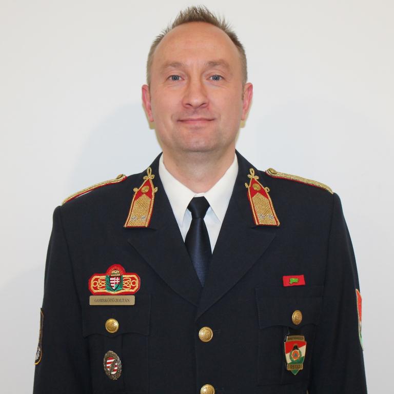 Gombkötő Zoltán fotója